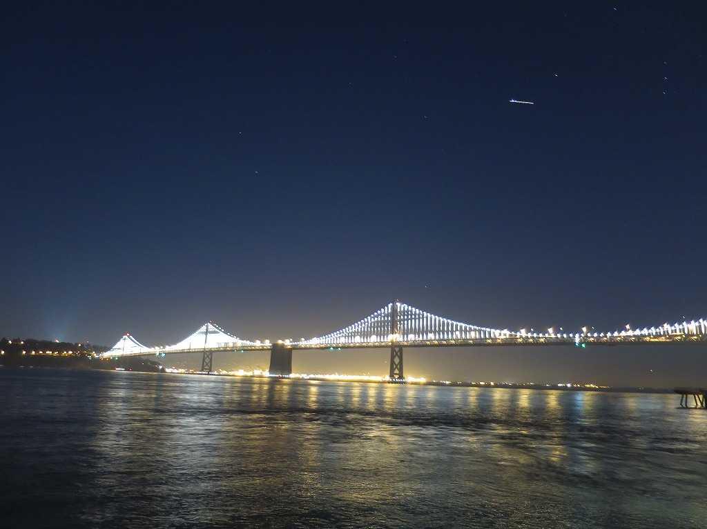 サンフランシスコ - 光る夜の海