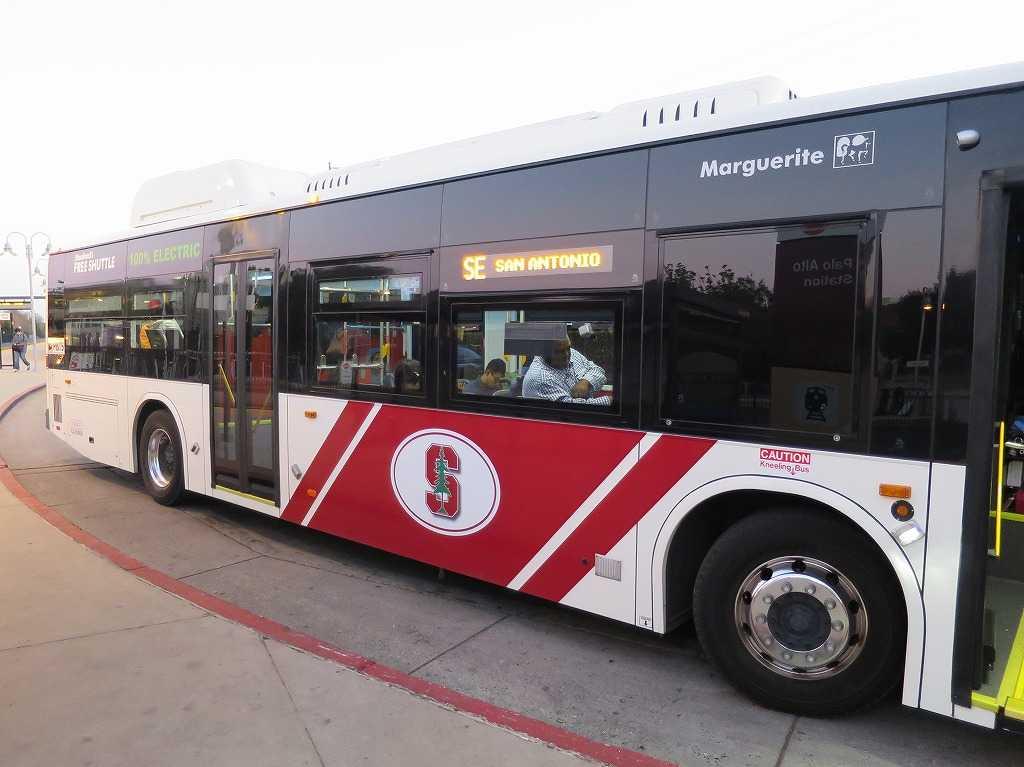 パロアルト駅 - スタンフォード大学シャトルバス(無料循環バス)