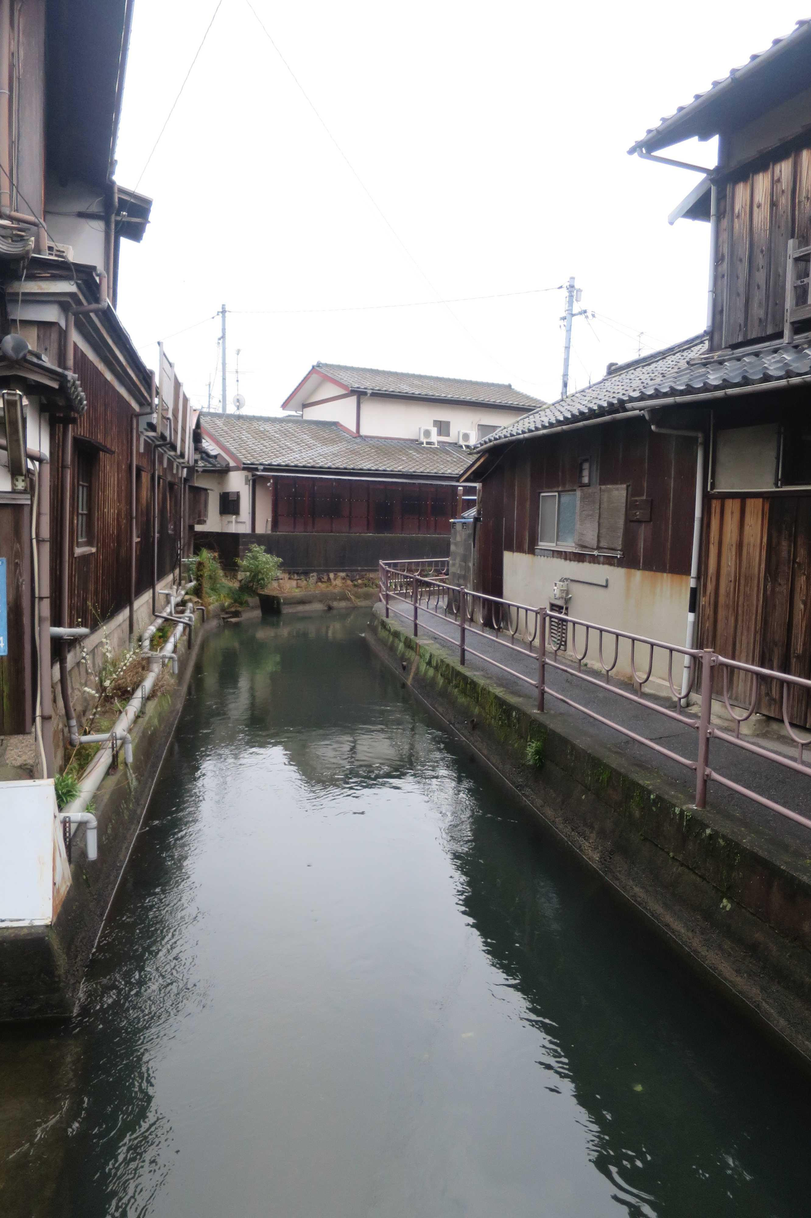 西大寺の門前町