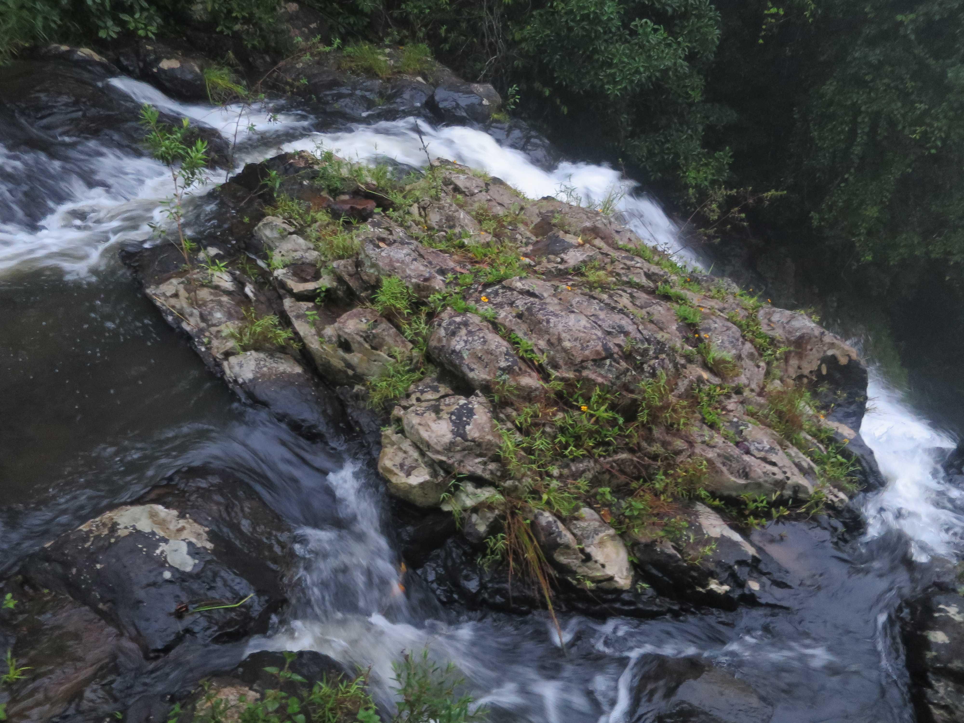 大きい方のマンガリー滝