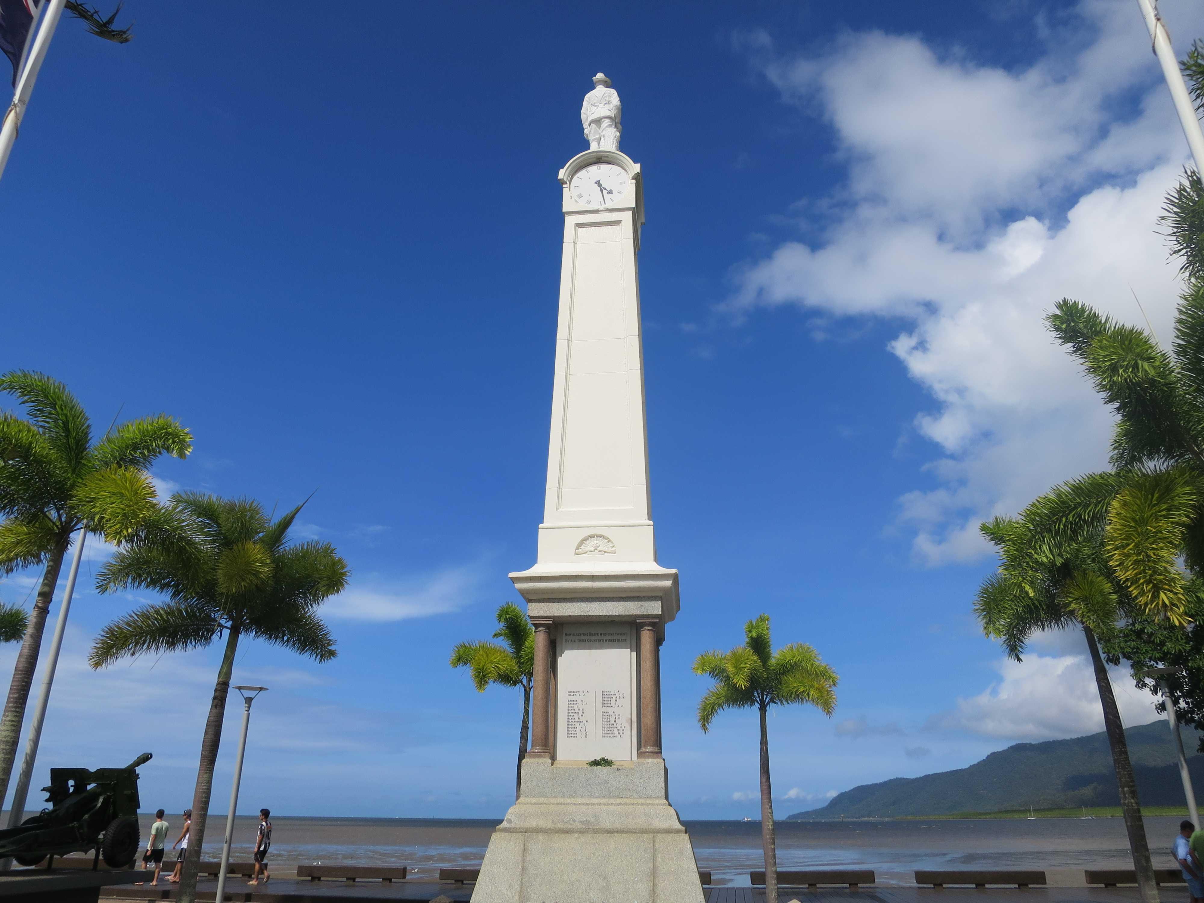 第一次世界大戦に参戦したケアンズの人々を顕彰する記念塔