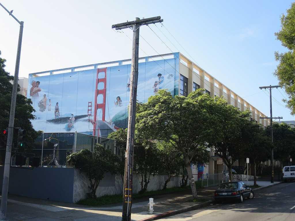 サンフランシスコ - Creative Arts Charter School k-8