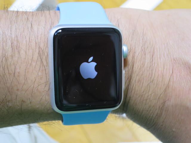 スカイブルーの Apple Watch(アップル・ウォッチ)届きました。カッコイイ~♪