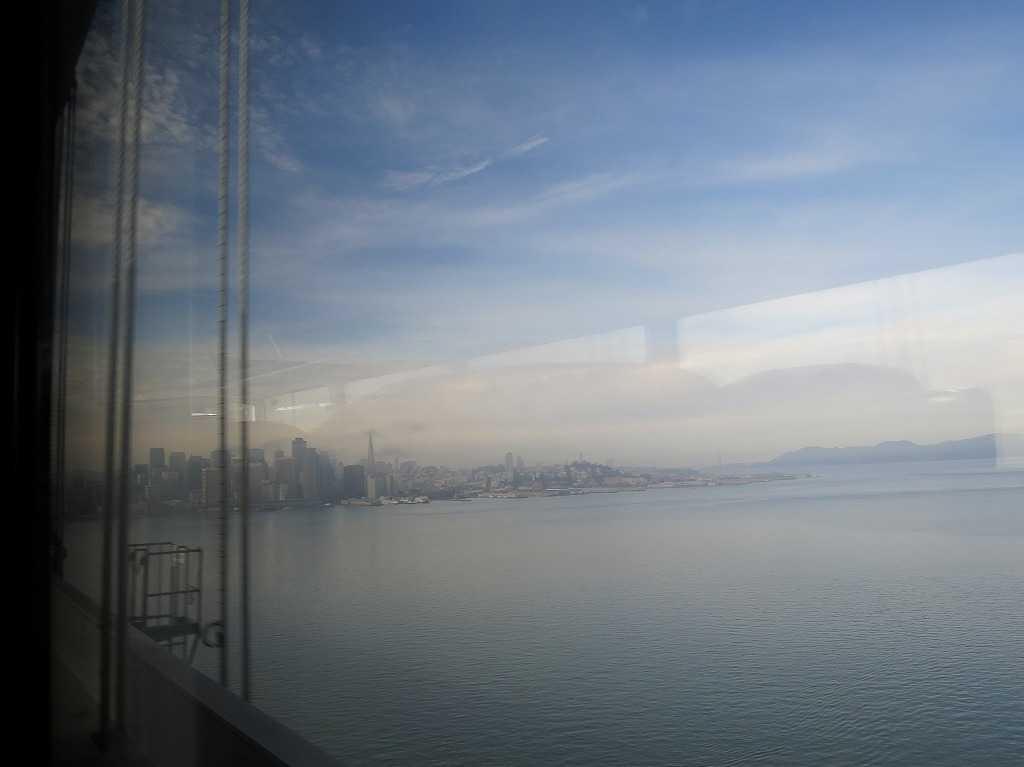 グレイハウンド車窓 - サンフランシスコ
