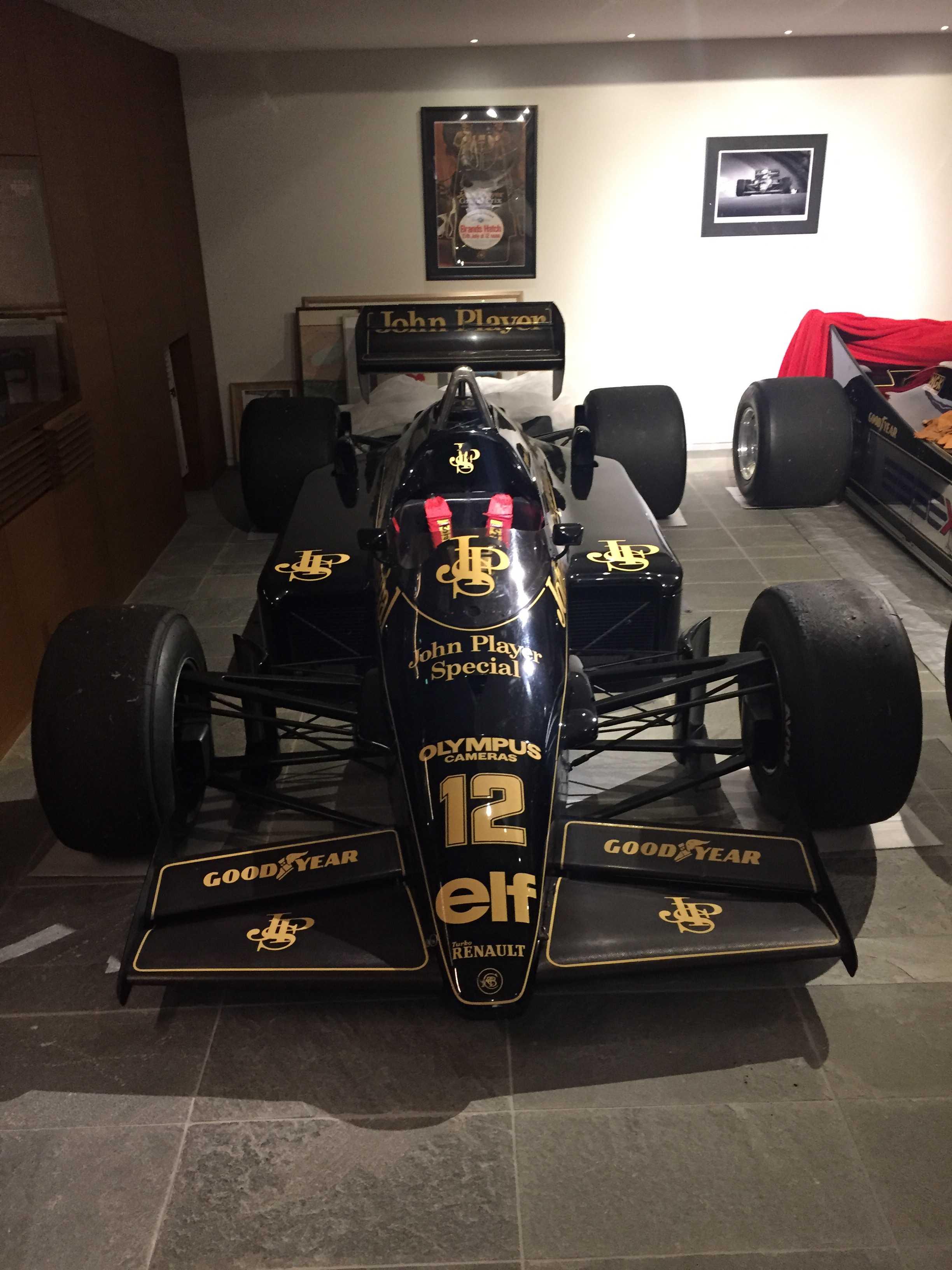 ロータス 97T(JPS仕様)- Ayrton Senna Lotus 97T