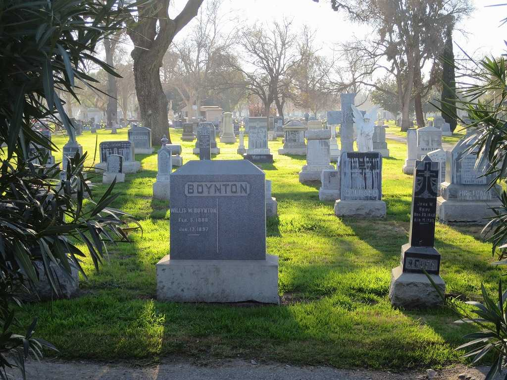 サンノゼ・ホーム・オブ・ピース墓地