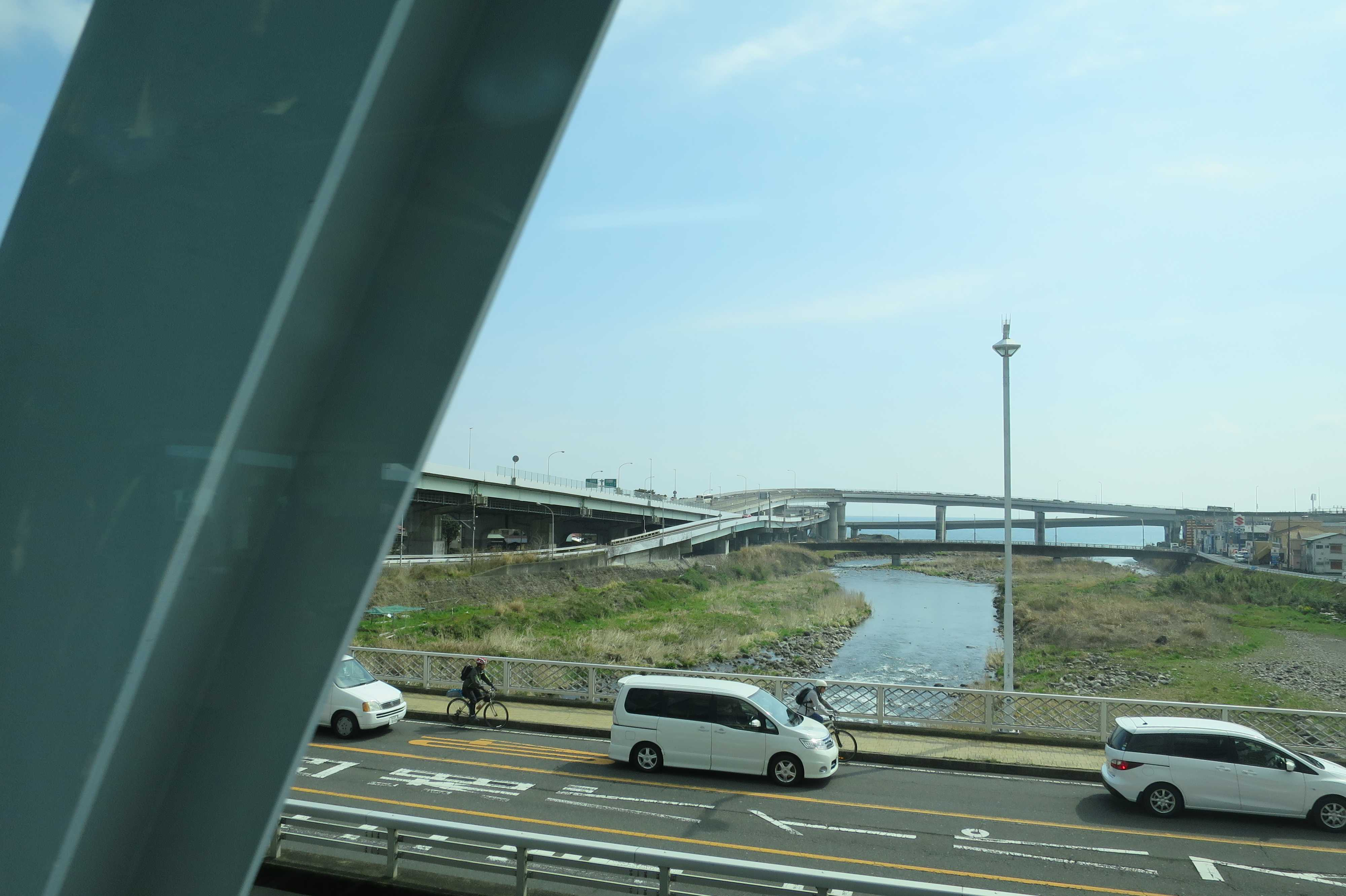 東海道線 - 早川
