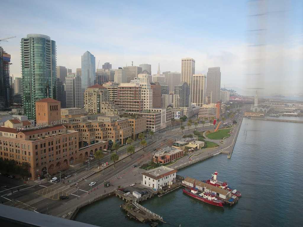 海からサンフランシスコに入る