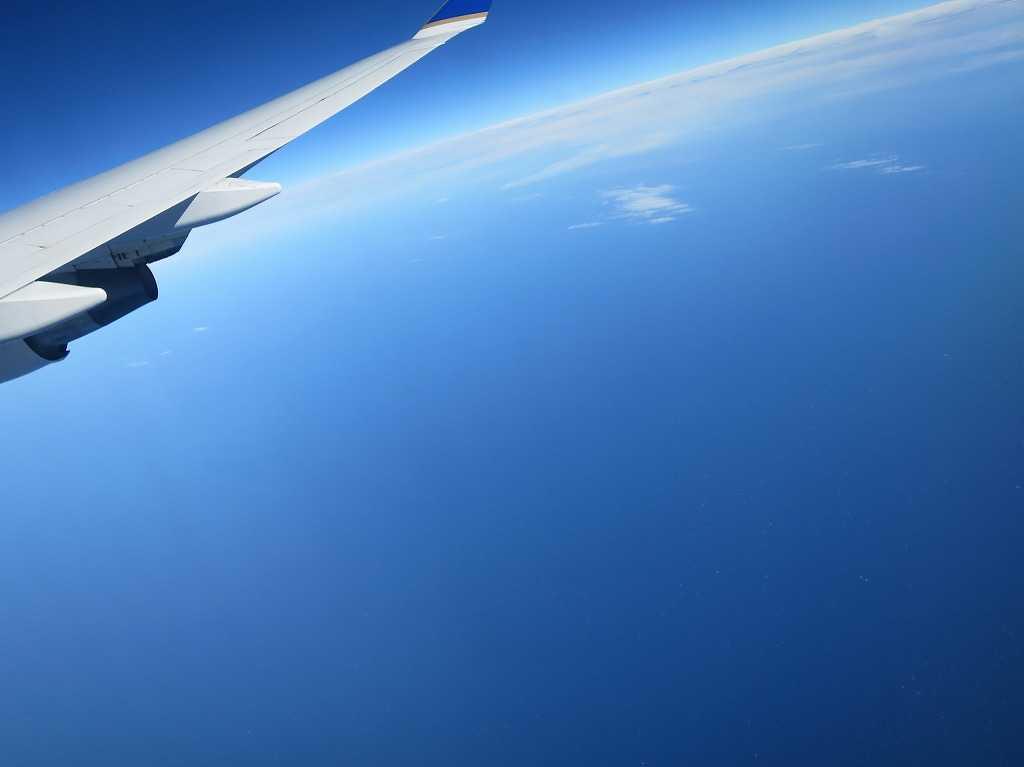 飛行機からの絶景 - 地球は丸い