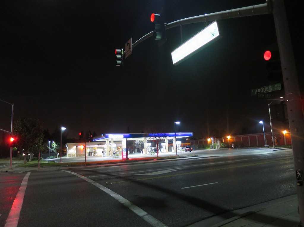 サニーベールのガソリンスタンド