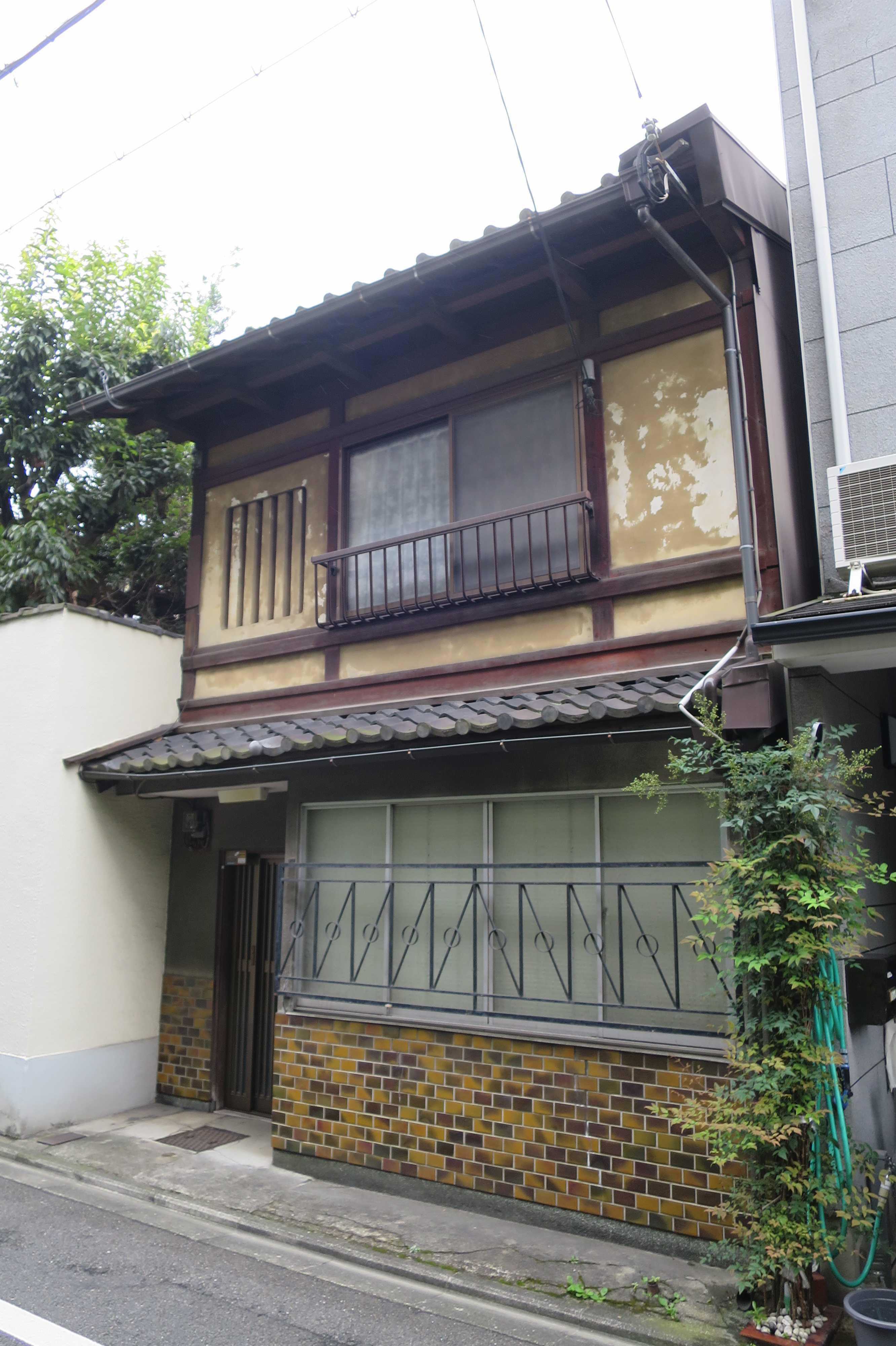 京都 - 1階と2階のギャップがおもしろい建物