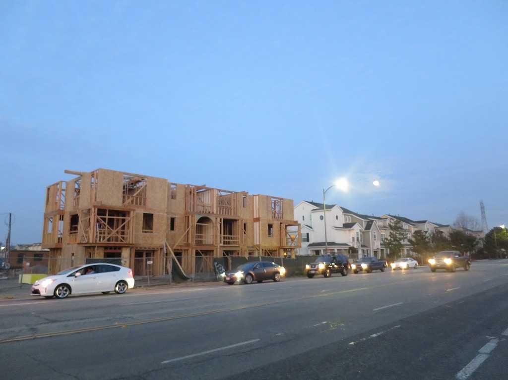 サニーベール - 新築中の家