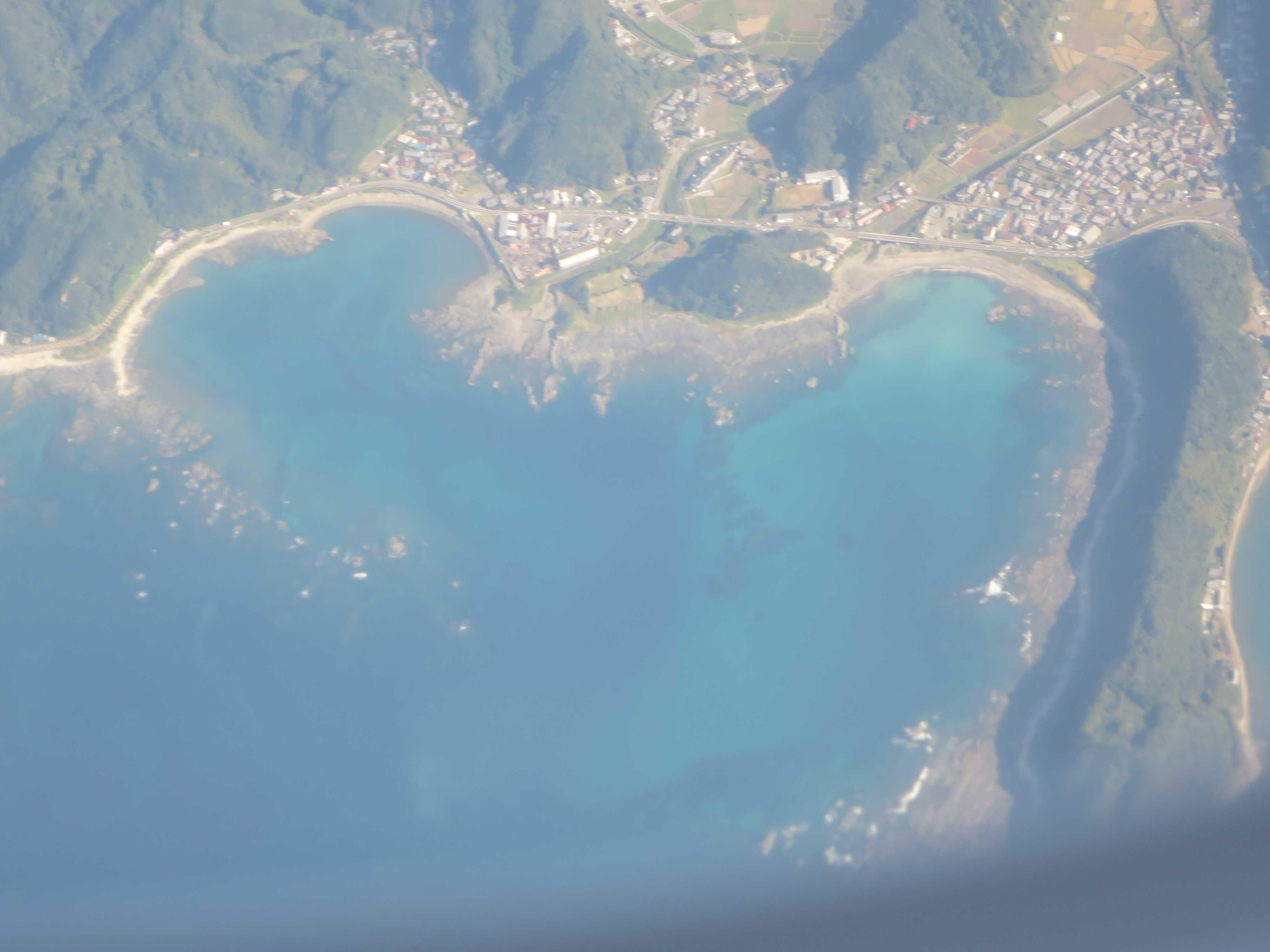 串本海中公園上空