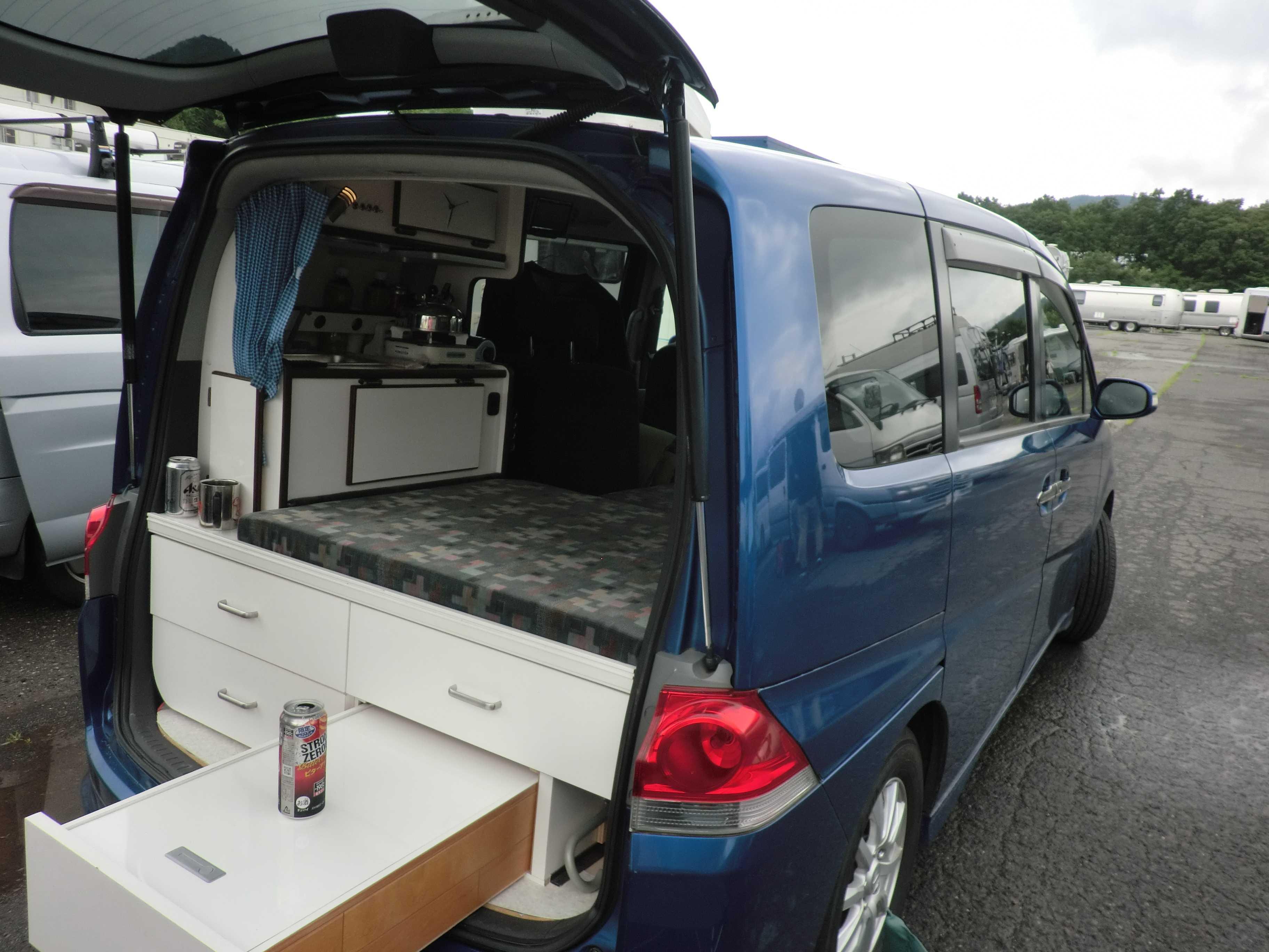 自作 ハイエース キャンピングカー 自作のキャンピングカー!ハイエースを車中泊仕様に改造してみた!Vol.3「テレビをつけてみよう!」