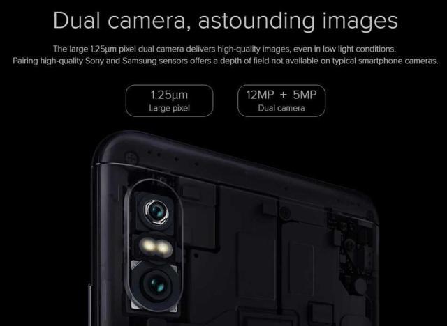 12MP+5MPのデュアルカメラ