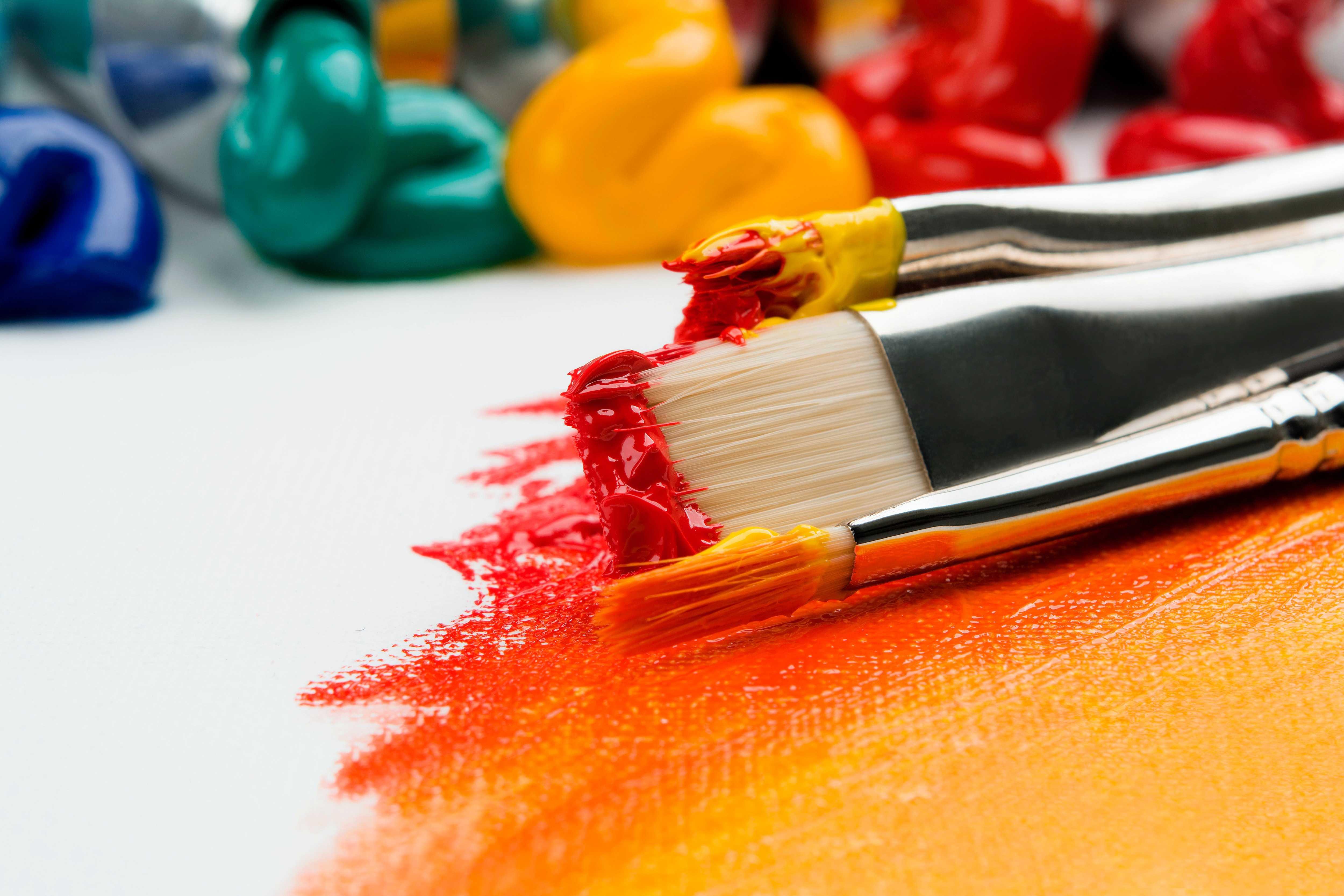 絵の具と筆